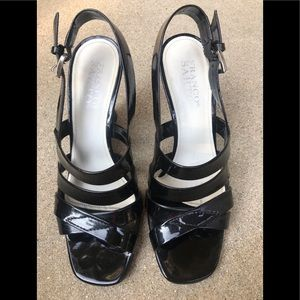 Sandals patent leather
